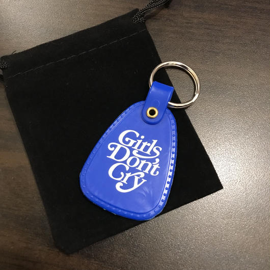 GIRLS DON'T CRY × SMETS/LOGO KEY HOLDER
