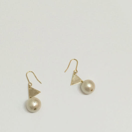 triangle*cotton pearl ピアス