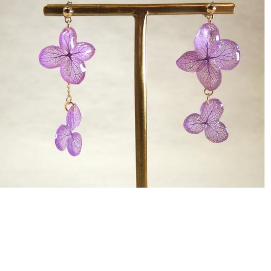 紫色の紫陽花の2連ピアス