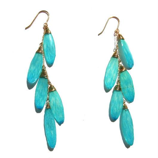 ガーベラピアス(水色)DASY EARRING(WATER BLUE)