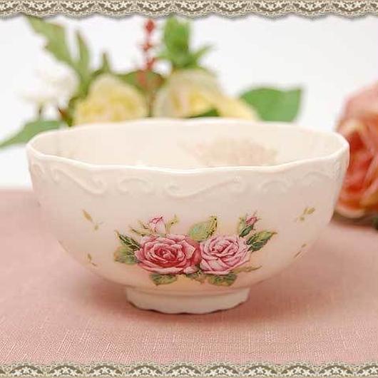 ジュリエッタ  ご飯茶碗 【日本製 薔薇雑貨 和食器 ティーウエア 花柄 薔薇柄 磁器 ご飯茶わん 姫系】