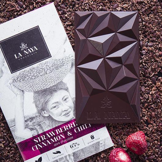 バーチ LA NAYA ダークチョコレート ストロベリー・シナモン&チリペッパー 80g(ヴィーガン対応)