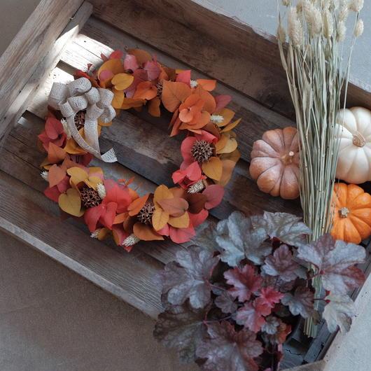 秋色ユーカリのリース