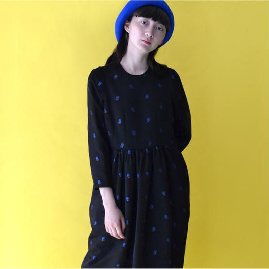 COMES AND GOES / BIG BASQUE BERET