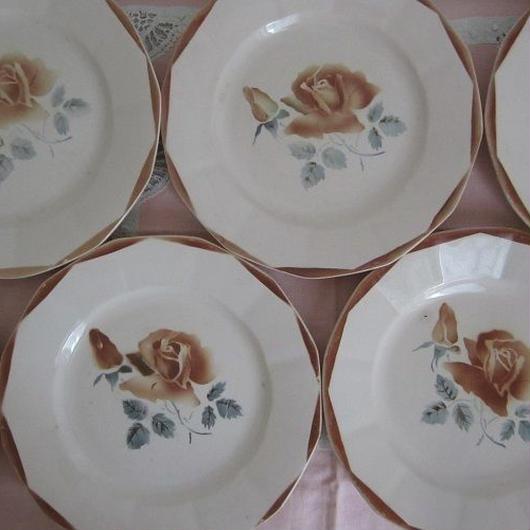 ディゴワン・サルグミンヌ薔薇モチーフ平皿(小)1~4