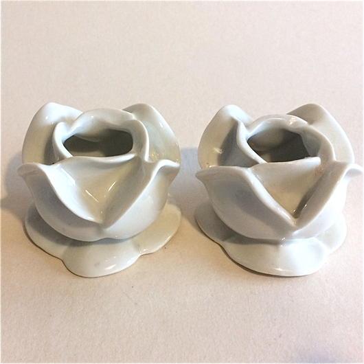 薔薇型 ブージョワー キャンドル・スタンド 2個セット 陶器 白