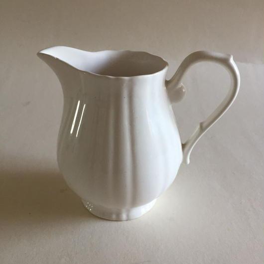 1950年代 サラン ミルク・ピッチャー レリーフ 白
