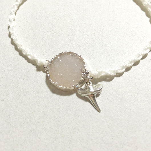 Drusy Quartz × Shark Tooth Bracelet