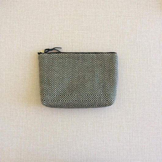 手織り布のメイクポーチ ( Black bird's-eye & herringbone)