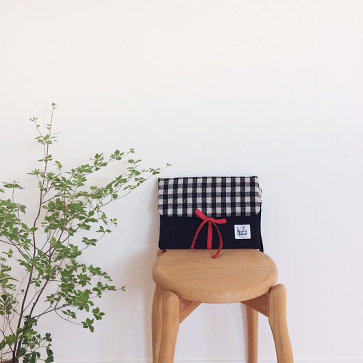 手織り布クラッチバッグNo.1 ( Clutch bag  Black Gingham check )
