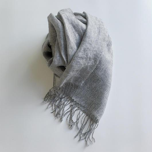 手織りリネンのショール(stone grey)