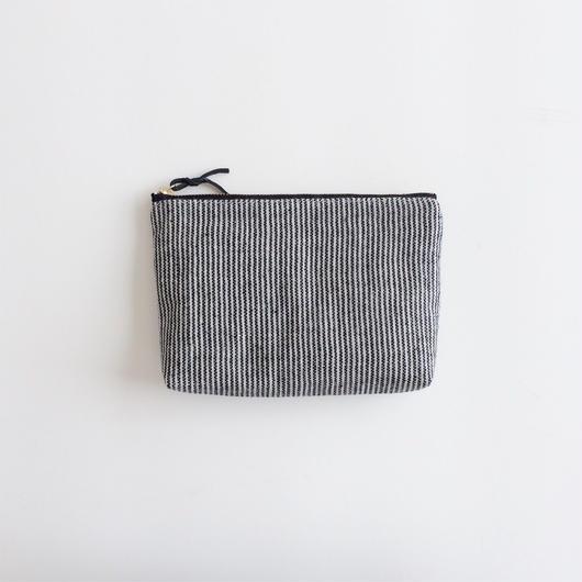 手織り布メイクポーチ (ブラック ピンストライプ)