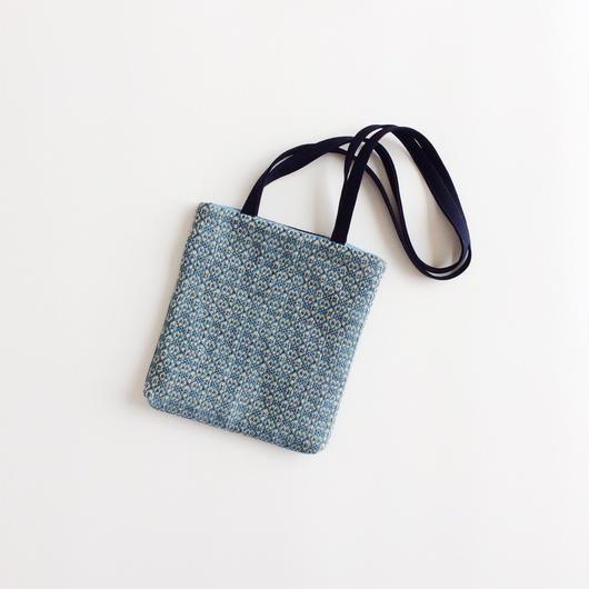 手織り布のミニバッグ (mini bag  Indigo flower)