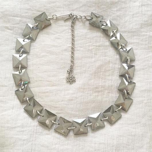 BOUTIQUE  Swarovski square grass necklace TZ-2400