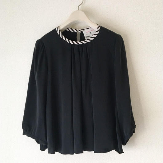 BOUTIQUE silk satin short tops TG-3302  /BLACK