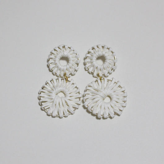 2連 circle rattan pierce #white