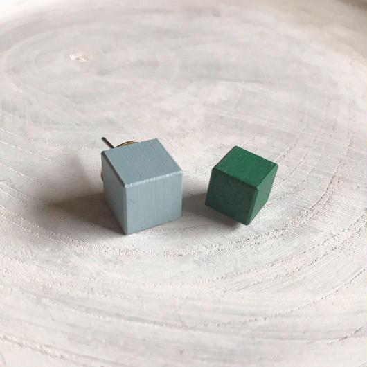 ダブルピアス ブルー×グリーン