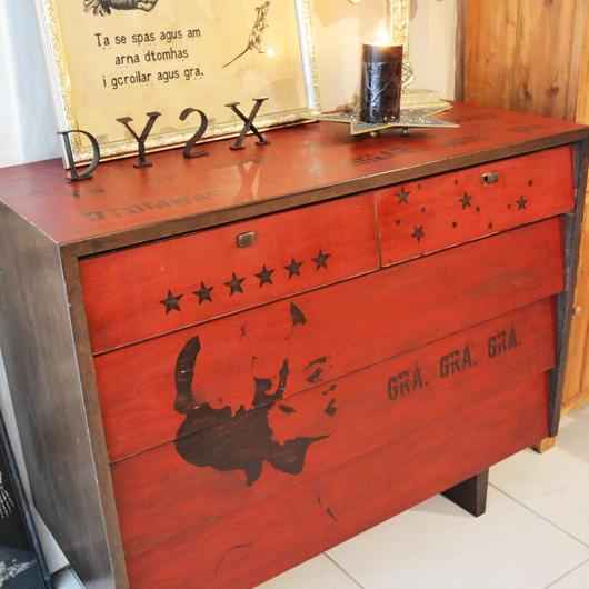 チェスト (drawer chest)