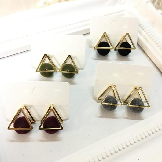 【ピアス】ピラミッドボンボン〈全4色〉