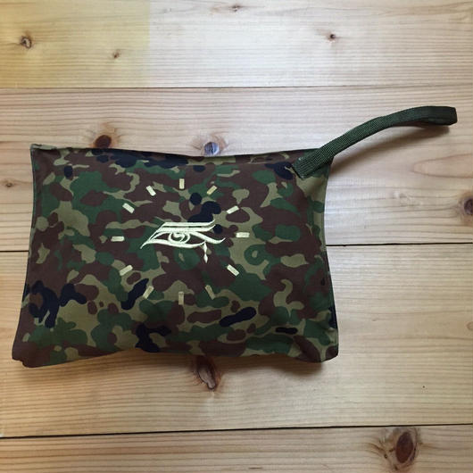 "MOZYSKEY 三つ目 CLUTCH BAG  ""GOLD"""