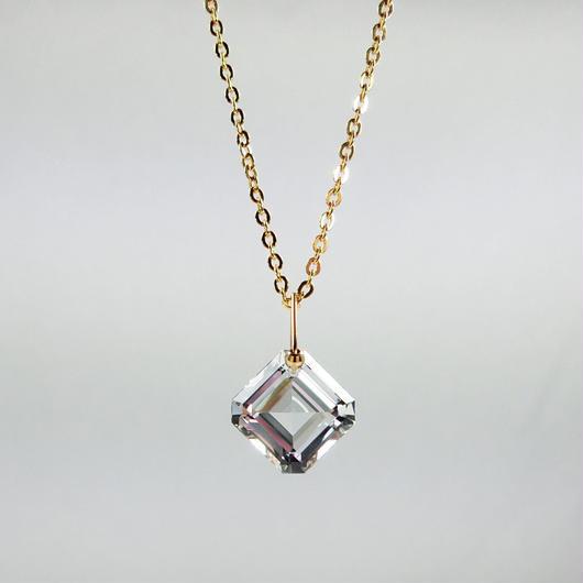 K18、水晶ペンダントトップ(チェーン別売り)