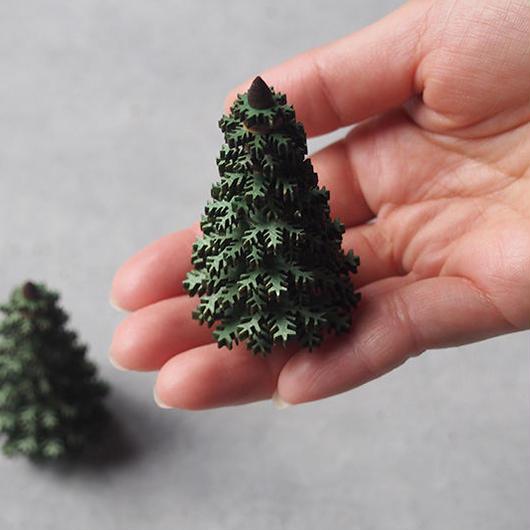 ギザギザの針葉樹 65  グリーン ER-09