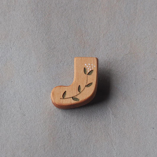 sunawo na katachi      ブローチ ソックス     SN-15