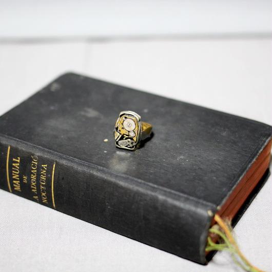 MUNOZ VRANDECIC / Vintage watch parts brass ring