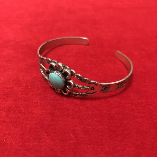 NAVAJO flower bangle