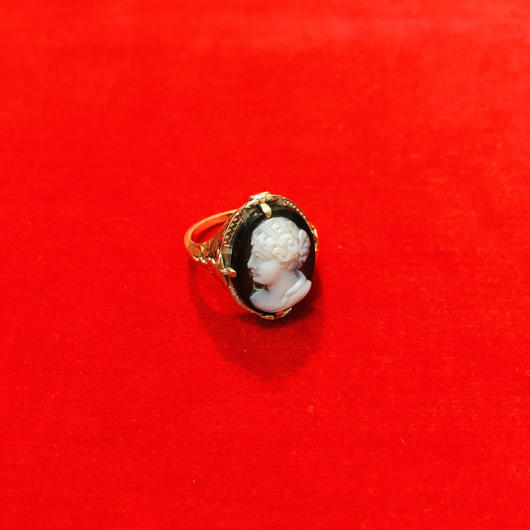 vintage cameo ring #LR13