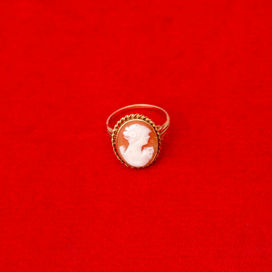 vintage cameo ring #R005