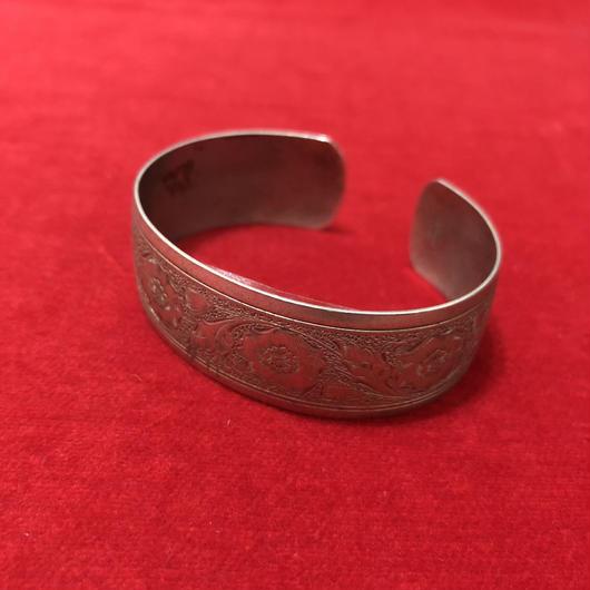 vintage bangle #TNB046