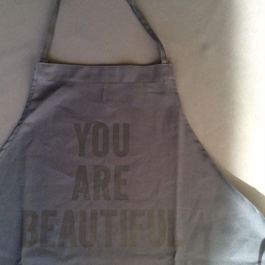 DRESSSEN DR (GREY) 6  APRON YOU  ARE BEAUTIFUL GREY COLOR