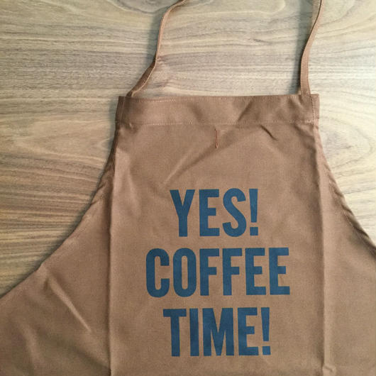 "⭕️ [先行発売] DRESSSEN DR(BRN) APRON  "" YES! COFFEE TIME!""  BROWN  COLOR⭕️2月下旬再入荷します。今しばらくお待ちくださいませ。"