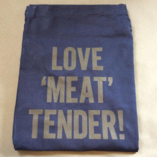 "DRESSSEN DR(NVY) 4 APRON ""LOVE MEAT TENDER"" NAVY COLOR"