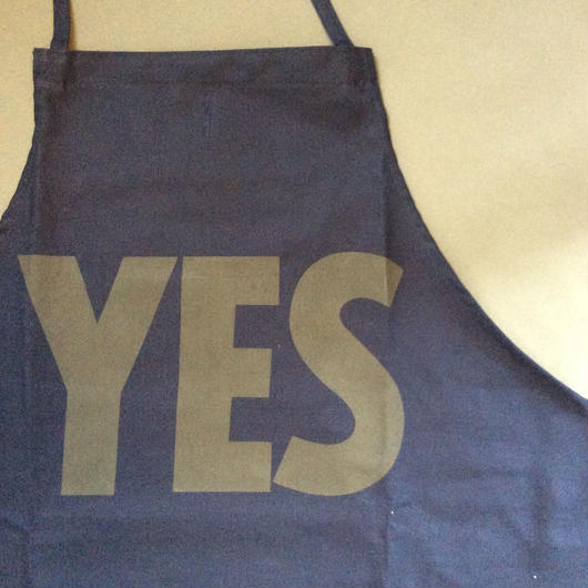 "DRESSSEN DR(NAVY)1 APRON ""YES ""NAVY COLOR"
