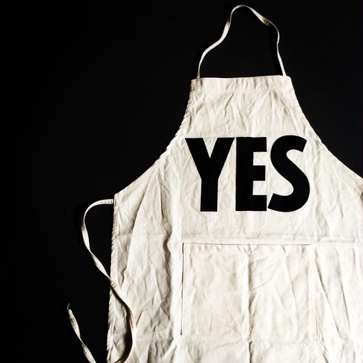 "DRESSSEN ADULT APRON #12"" YES"""