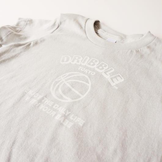 DRIBBLE ハンドプリント ロゴTシャツ / LIGHT GREY