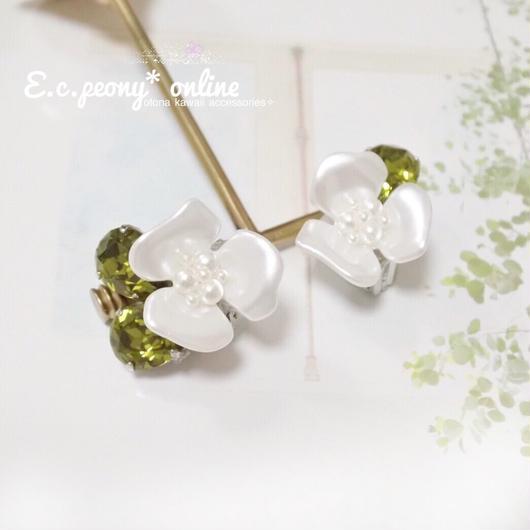 ~white anemone~イヤリング&ピアス
