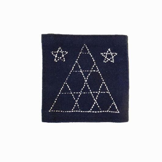 苗族刺繍入り藍染めコースター(三角)  Miao indigo coaster (triangle)