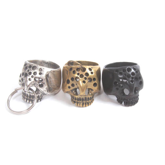 hole skull ring black