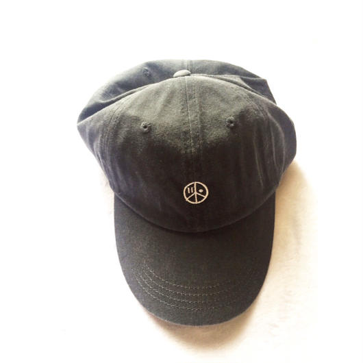 iSOLATED ARTS Low Profile Pigment-Dyed Cap (Charcoal)