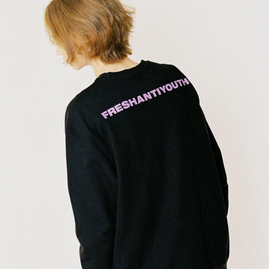 FRESH ANTI YOUTH  CREWNECK SWEATER BLACK