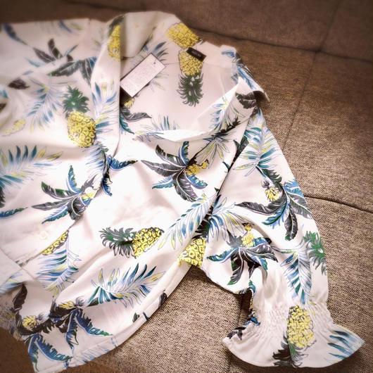 パイナップルアロハシャツ
