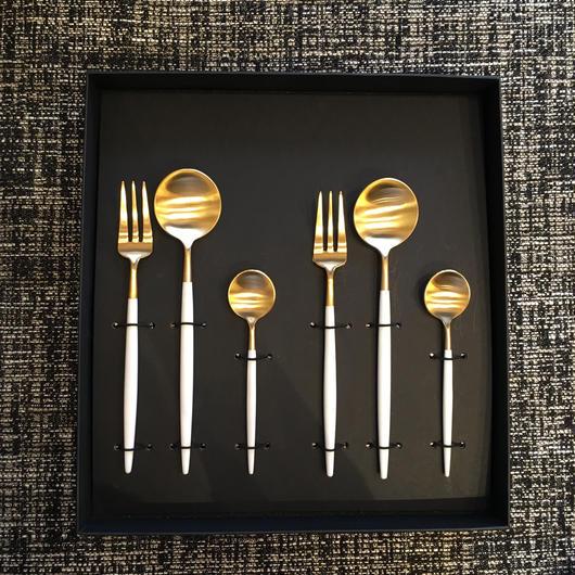 クチポールGOA 白×金 デザートスプーン・ペストリーフォーク・ティースプーンセット