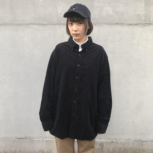 Black big corduroy like shirts