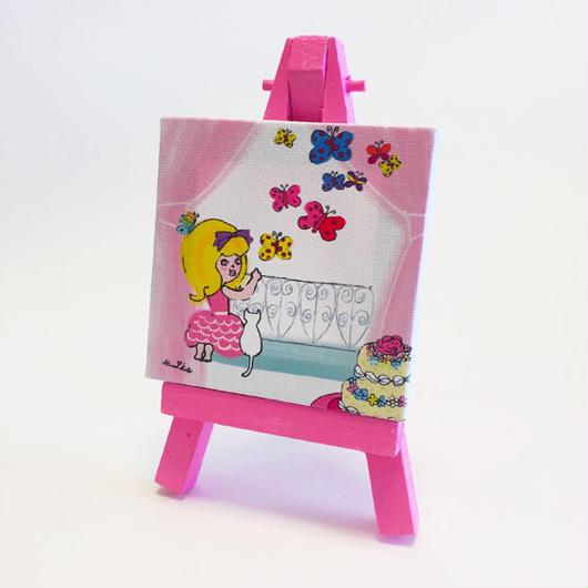 ミニチュアアート ピンクのカーテン
