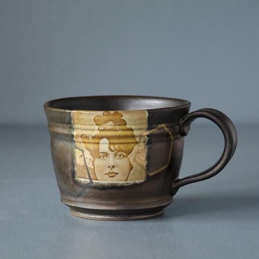 レディのマグカップ