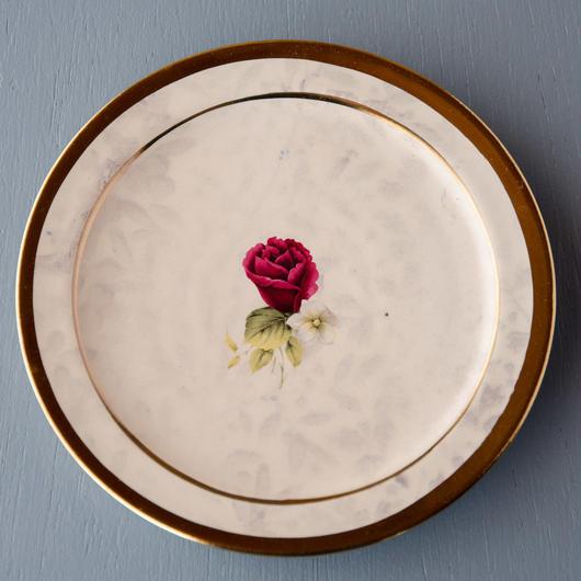 バラの小皿