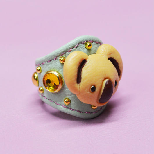 LEATHER RING (キャラコアラ)